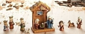 """11PC ST 8"""" STABLE & NATIVITY"""